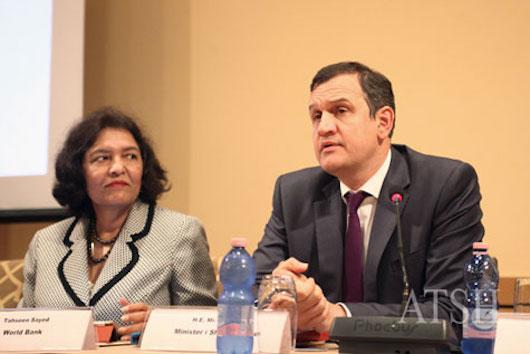 Ministri-i-Shendetesise-Ilir-Beqaj-Foto-Florian-Abazaj-1