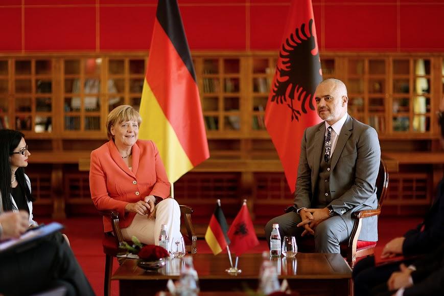 rama-Merkel1